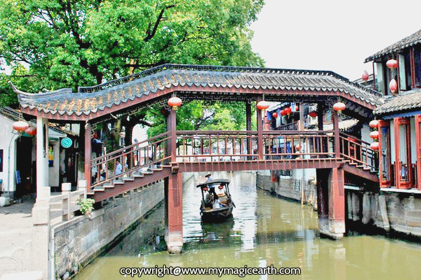 Lang Qiao Source from China national tourist office