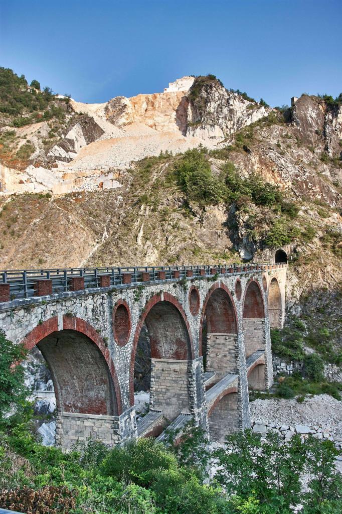 Vara Bridge outside the formal railway, northern Tuscany
