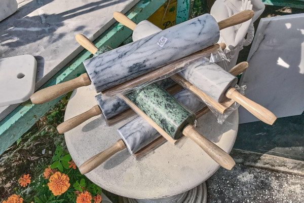 Marble products from souvenir store alone the Carrara Marble Road