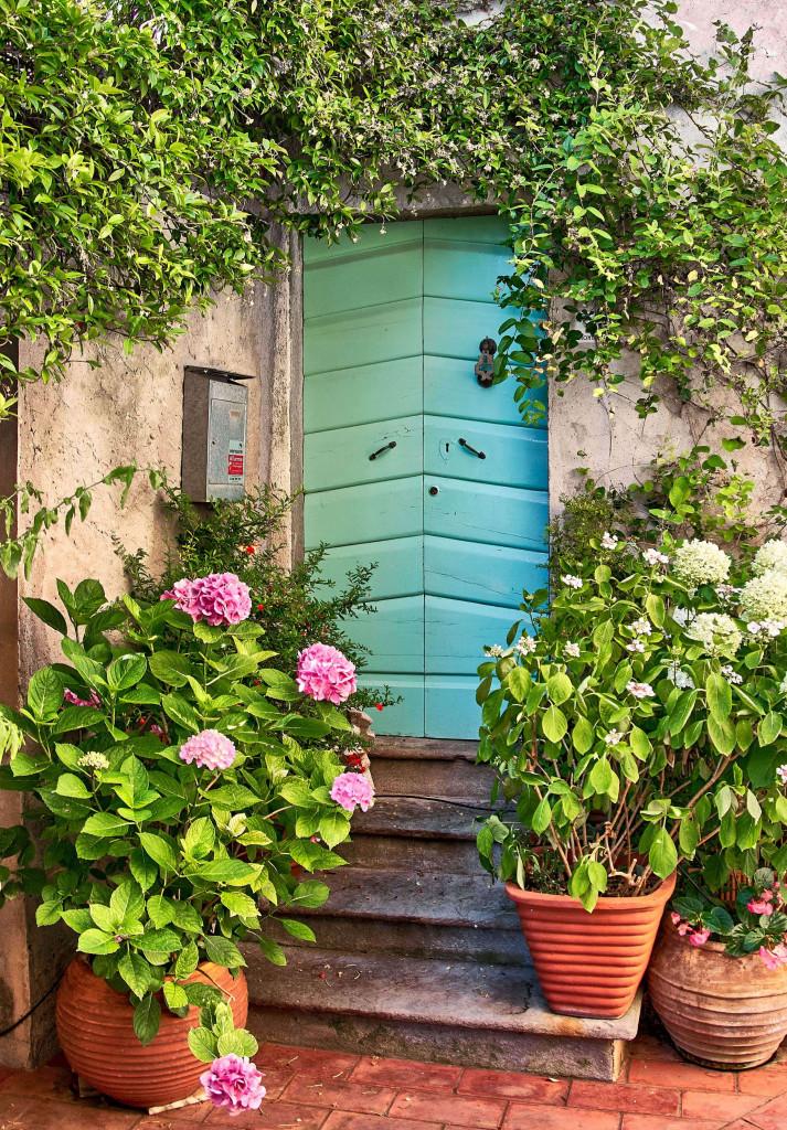 Doorway Monteggiori