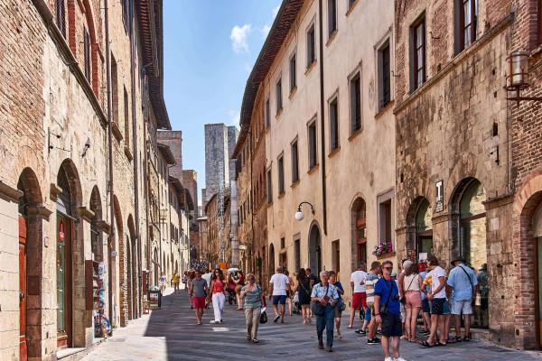 Narrow alley in San Gimignano