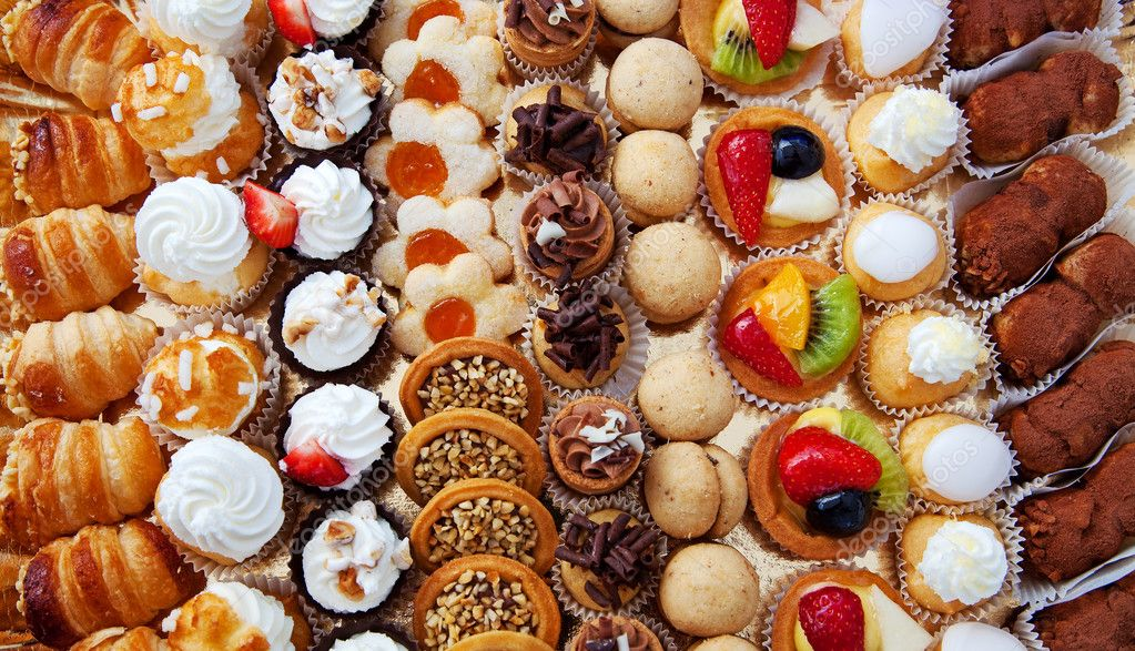 A pasticceria in Italy (source credit)