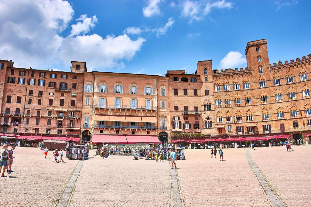 Piazza del Campo, the Europe's biggest square in Siena