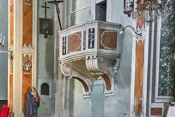Inside of Pieve di Santo Stefano