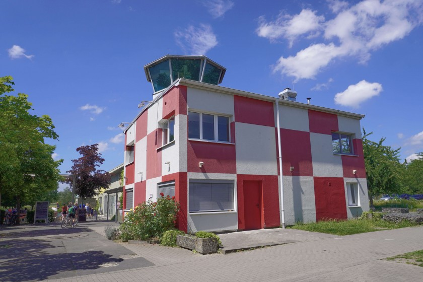 Control Tower at Old Frankfurt Airport in Bonames; Things to do in Frankurt
