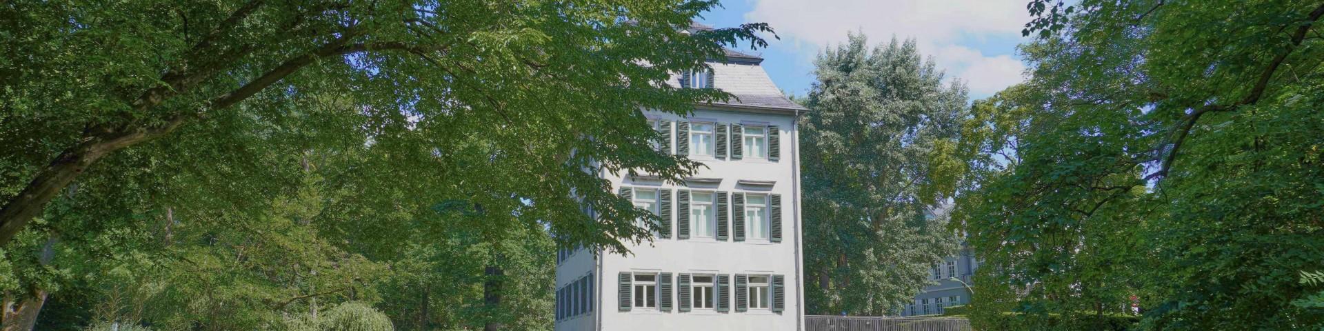Adolph-von-Holzhausen-Park, Frankfurt; Things to Do in Frankfurt