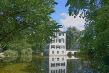 Adolph-von-Holzhausen-Park, Frankfurt; Things to Do in Frankfurt