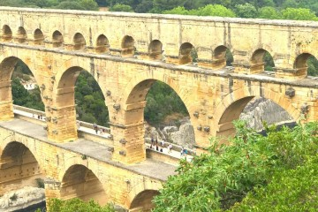A close look at Pont Du Gard