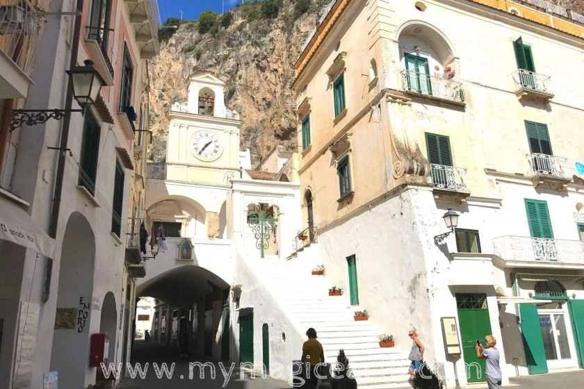 Piazza Umberto I;Atrani;best things to do in Atrani