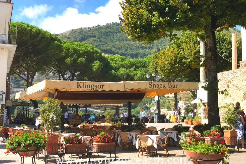 The snack bar Klingsor ; Ravello walking tour; Things to do in Ravello; Italy