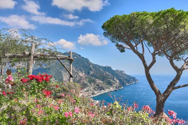 Ocean view form the terrace in Villa Rufolo