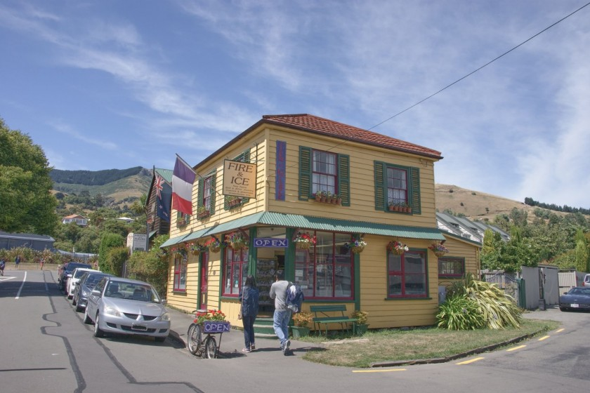 A beautiful house in the French village Akaroa, New Zealand
