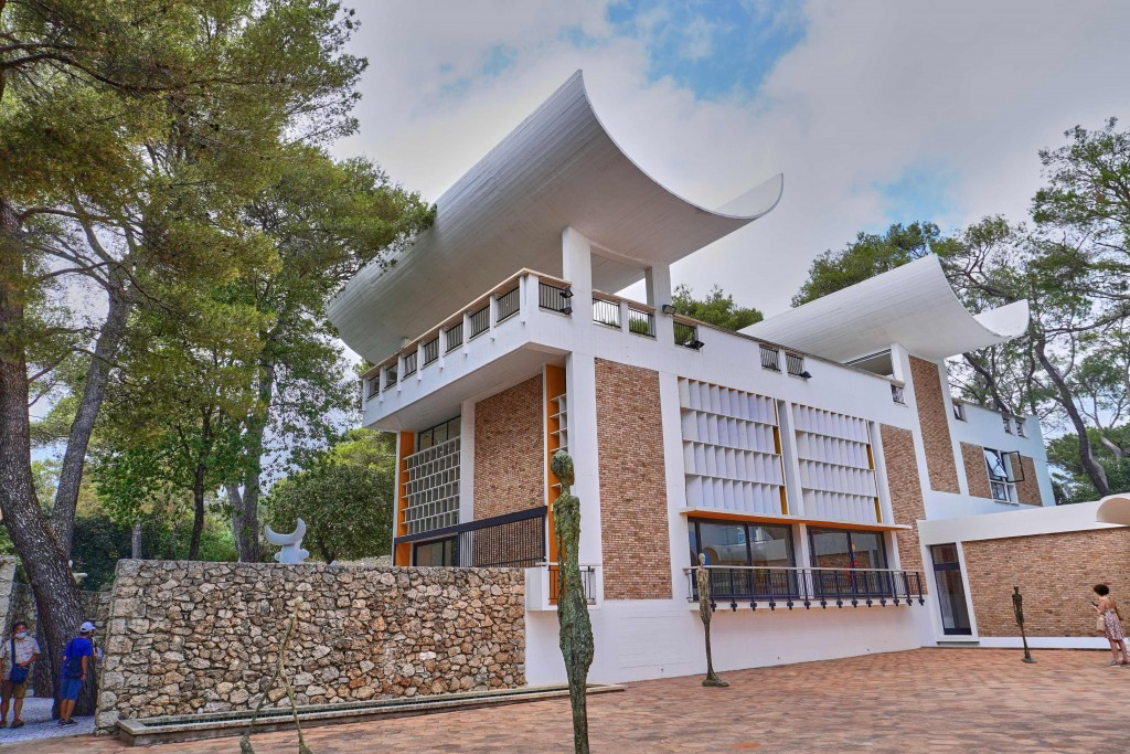 the Building of Maeght Foundation