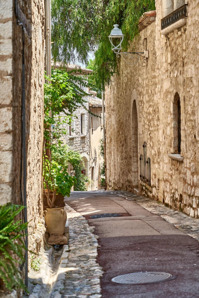 narrow street in the Art Village Of Saint-Paul-de-Vence