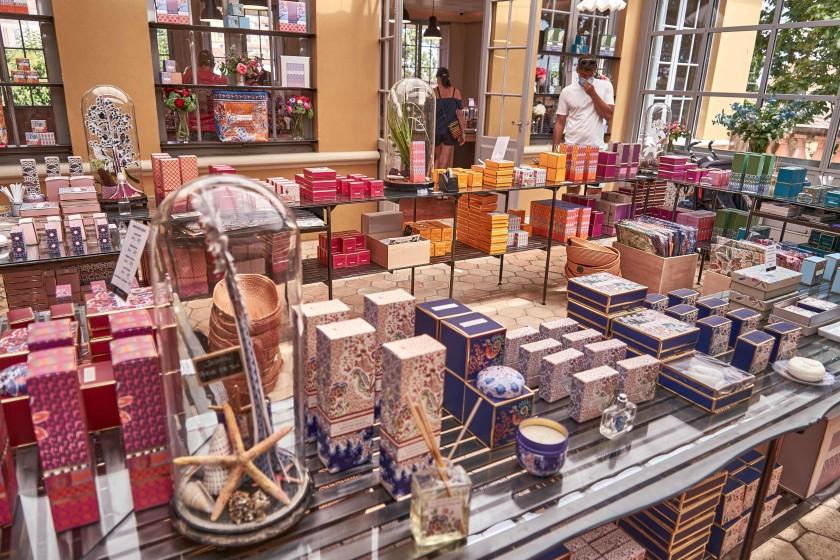 Fragonard perfume products; world capital of perfumes
