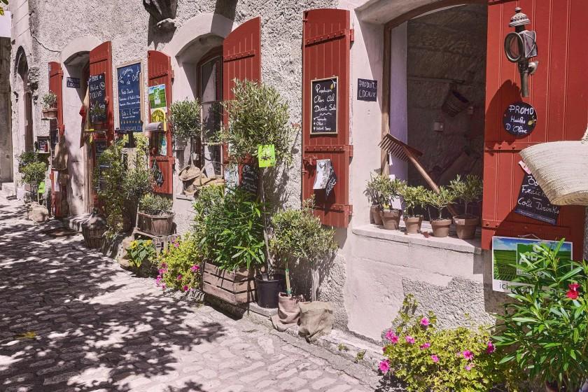 Facade decorations; Open-Air Museums in Les Baux de Provence