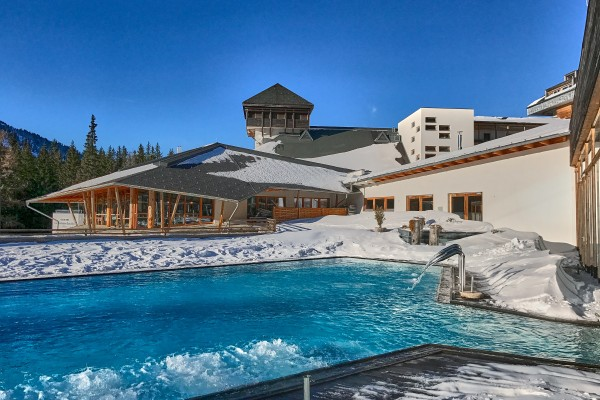 Outdoor Swimming Pool in Falkensteiner Club Funimation; Austria skiing