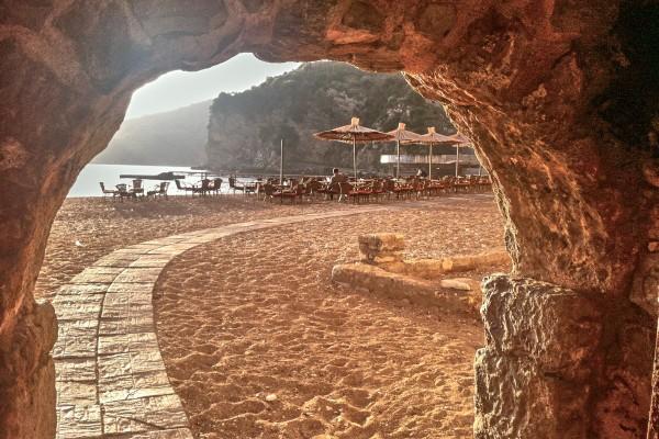 Arched walkway to Budva's beach