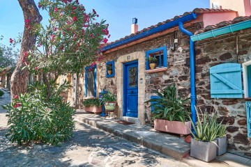Rue Bellevue, a quiet living quarter in Collioure