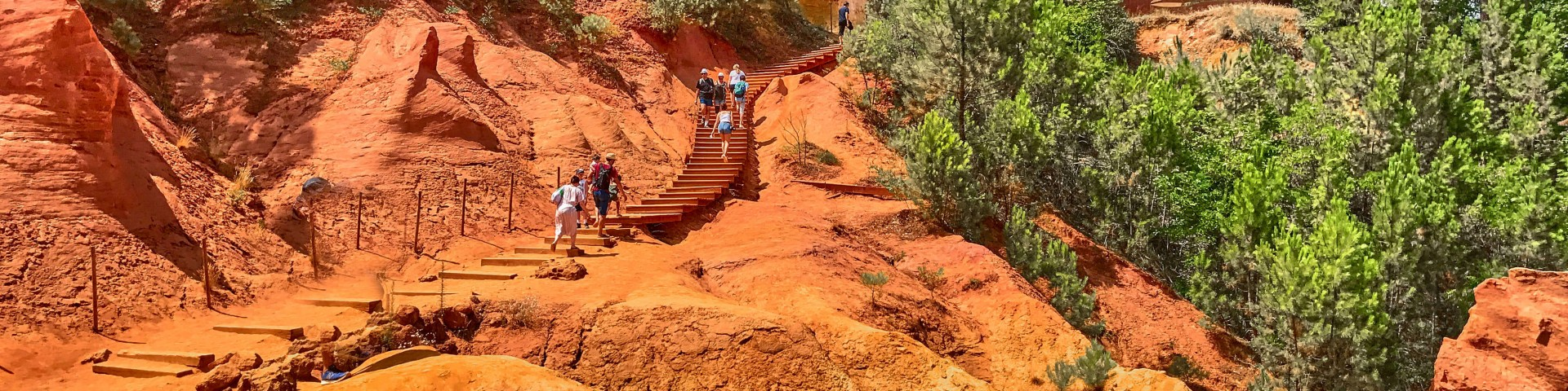 Hiking the Ochre Trail, Roussillon