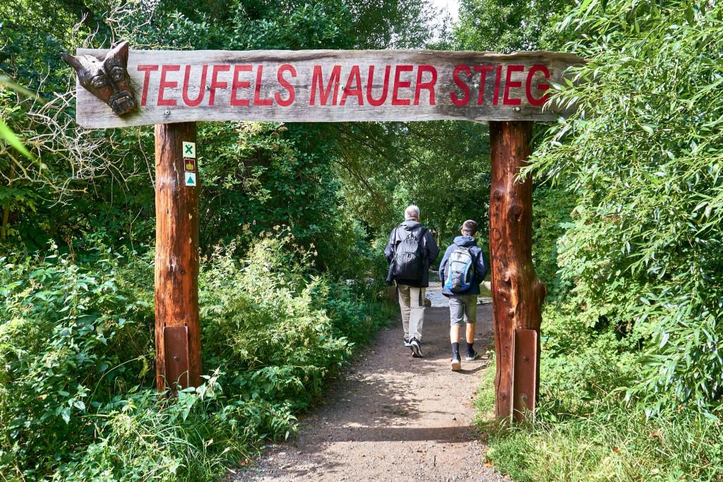 Entrance to the Teufelsmauer Königstein at Weddersleben