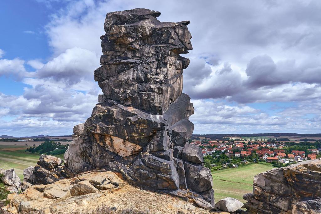 Eagle's Rock (Adlerfelsen) ; Königstein at Weddersleben