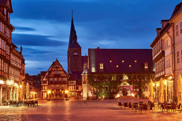 Evening scene in the old town of Quedlinburg, Germany: An evening walk in the old town of Quedlinburg